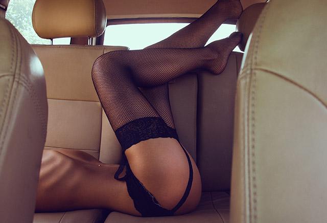 Témoignage : accroc au sexe en voiture !
