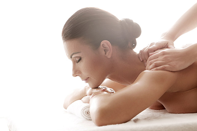 Massage érotique : maintenant c'est vous le pro !