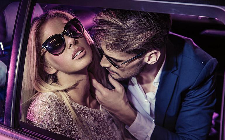 Sur la route des vacances : nos conseils pour le sexe en voiture
